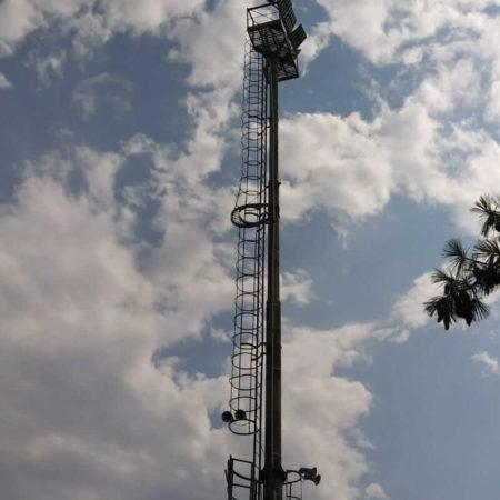 Impianto illuminazione LED per campo di calcio